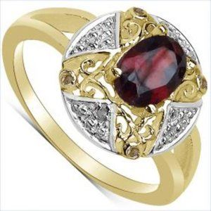 Woman's Diamond & Garnet Ring